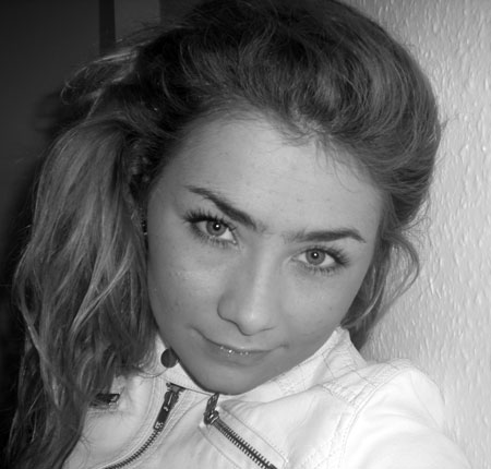 Buyrussianbride.com - Beautiful young woman