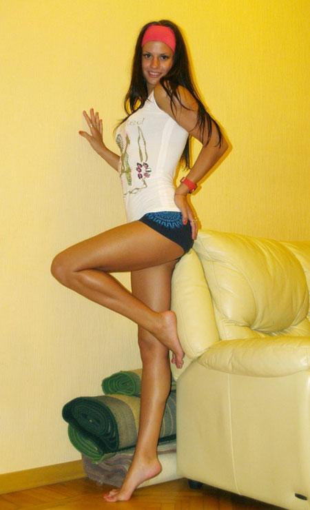 Buyrussianbride.com - Meet sexy women