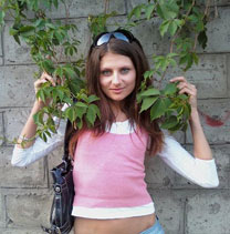 Picture of a woman - Buyrussianbride.com