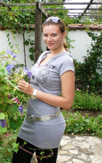 Buyrussianbride.com - Beautiful foreign brides