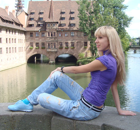 Buyrussianbride.com - Women girls